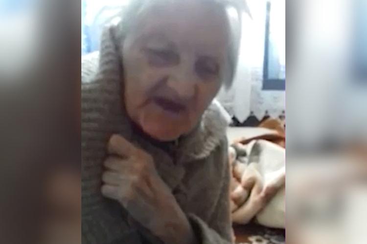 pani Krysia, 93-letnia poetka