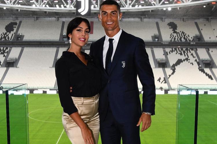 Cristiano Ronaldo z dziewczyną