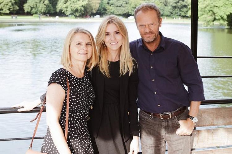 Donald Tusk z żoną i córką