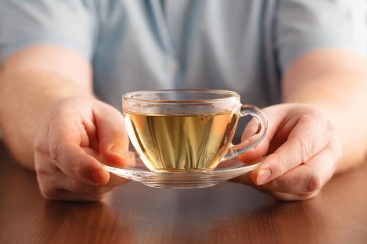 ziołowa herbata w filiżance