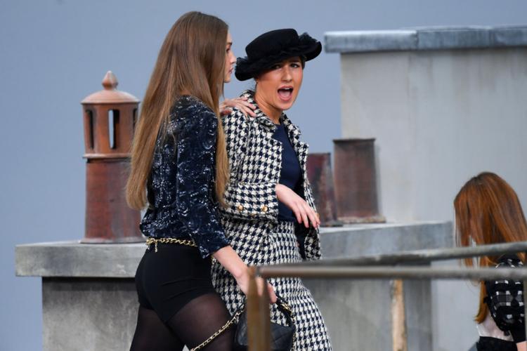 Gigi Hadid i francuska YouTuberka
