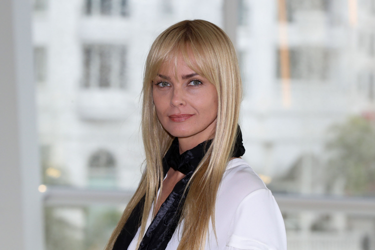 Izabella Scorupco