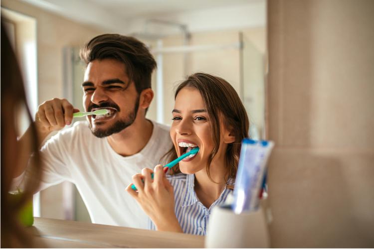 Jak często należy wymieniać szczoteczkę i myć zęby?