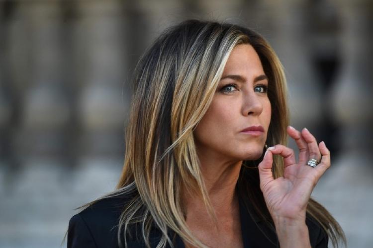 jest Jennifer Aniston randki Brada Pitta randki online zeit