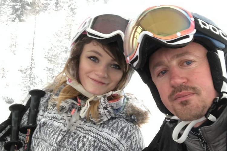 Adam Małysz i Karolina Małysz na nartach