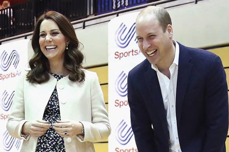 Księżna Kate i książę William śmieją się