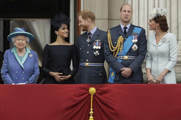 Meghan, Harry, Kate i William