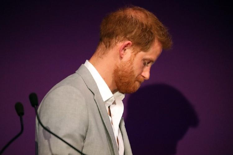 Książę Harry w żałobie po śmierci przyjaciela.