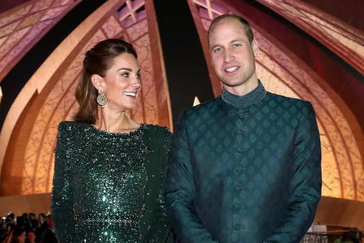 Księżna Kate i książę William w pakistańskich strojach