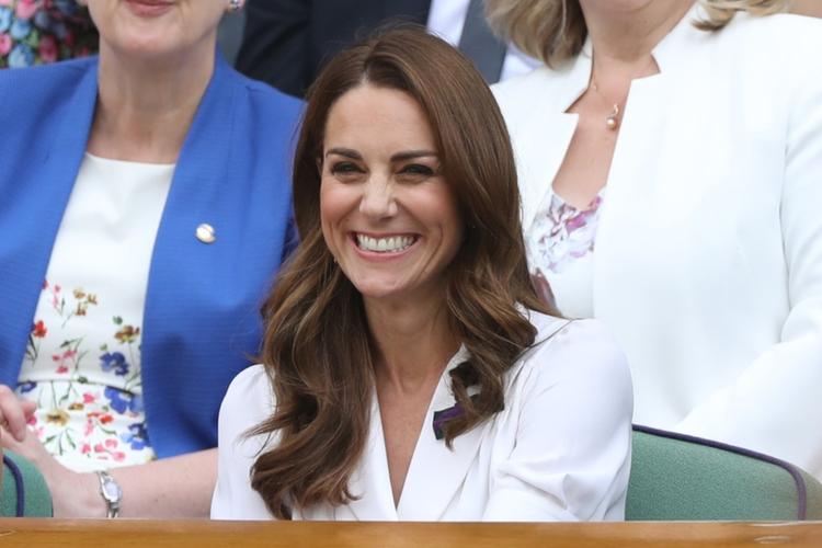 Księżna Kate w białej sukience na Wimbledonie 2019