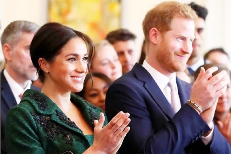 Księżna Meghan i książę Harry pokazali syna!