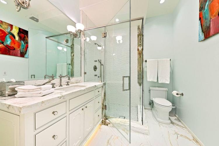 Łazienka w posiadłości Meghan i Harryego w Malibu Łazienka