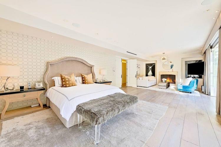 Sypialnia w posiadłości Meghan i Harryego w Malibu Sypialnia