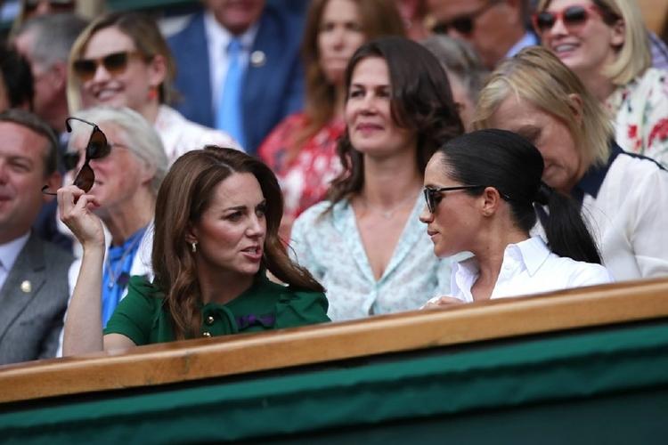 Meghan Markle obraziła księżną Kate.