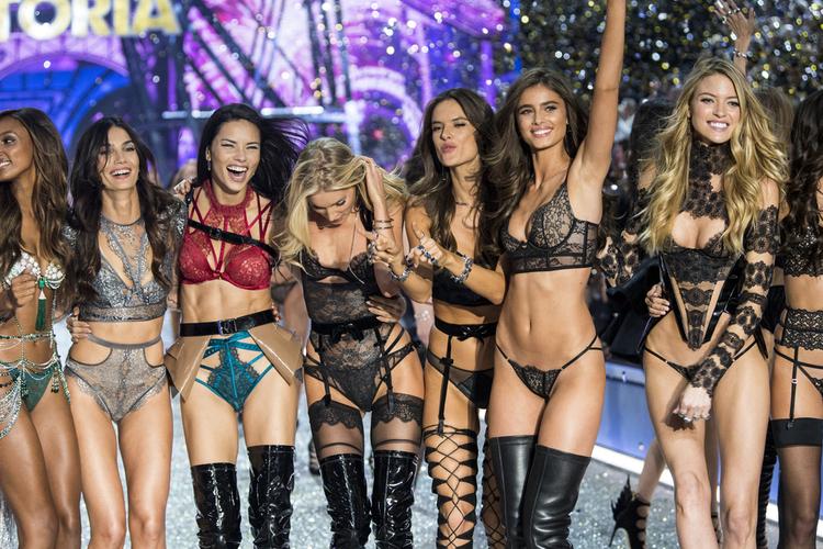 Modelka Victoria's Secret rezygnuje z diety