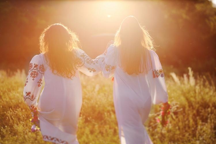 Najpiękniejsze bliźniaczki świata