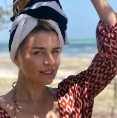 Natasza Urbańska pozuje na egzotycznych wakacjach w turbanie