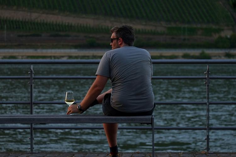Picie wina ma wpływ na inteligencję