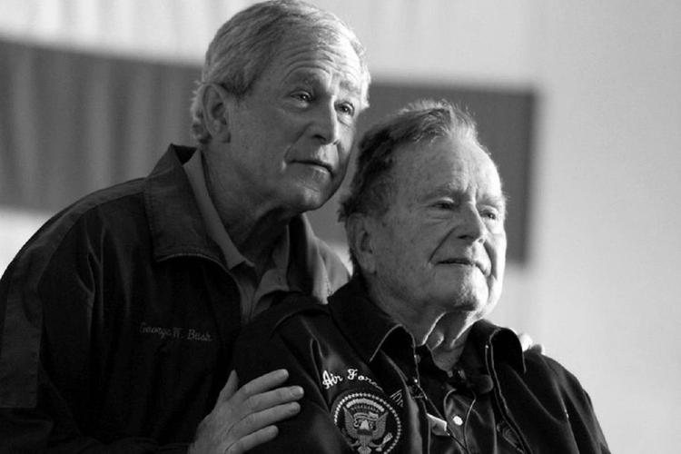 George H. W. Bush z synem
