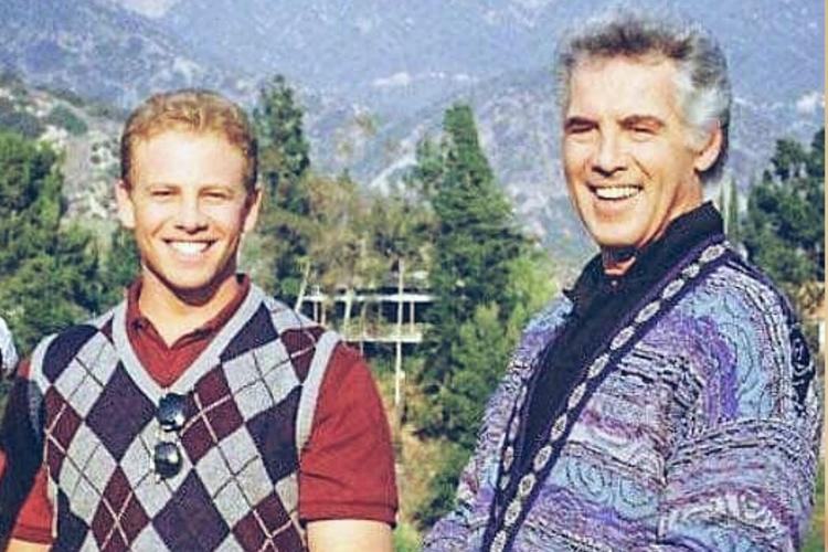 """Nie żyje kolejny aktor z serialu """"Beverly Hills, 90210"""". Gwiazdor miał 84 lata!"""