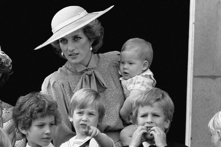 Księżna Diana na nieznanym zdjęciu.