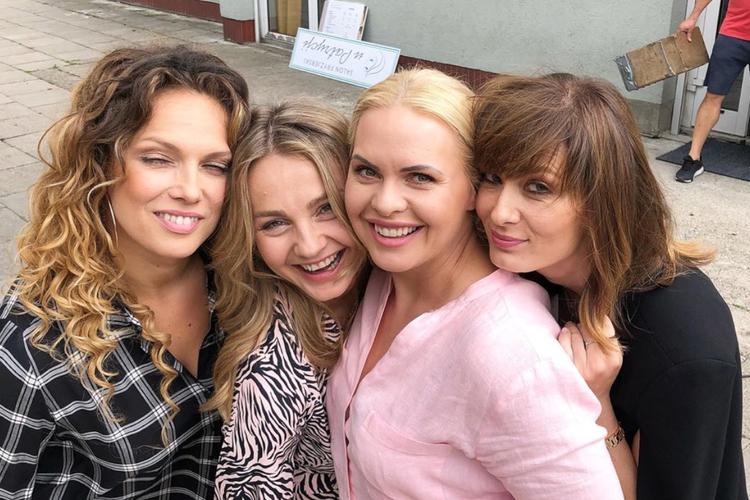 """""""Przyjaciółki"""": Joanna Liszowska, Małgorzata Socha, Magdalena Stużyńska, Anita Sokołowska"""