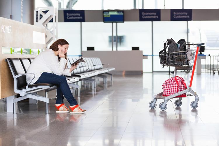 Utrudnienia w szczycie sezonu. Tanie linie lotnicze ogłaszają strajk