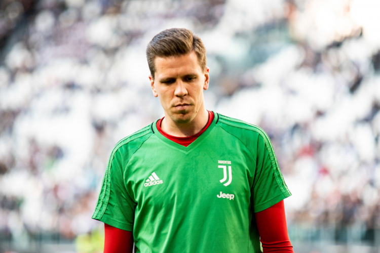 Wojciech Szczęsny zasmucony przed meczem Juventusu