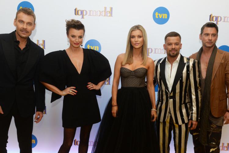 """""""Top Model"""" jurorzy na konferencji TVN: Dawid Woliński, Katarzyna Sokołowska, Joanna Krupa, Michał Piróg i Marcin Tyszka"""