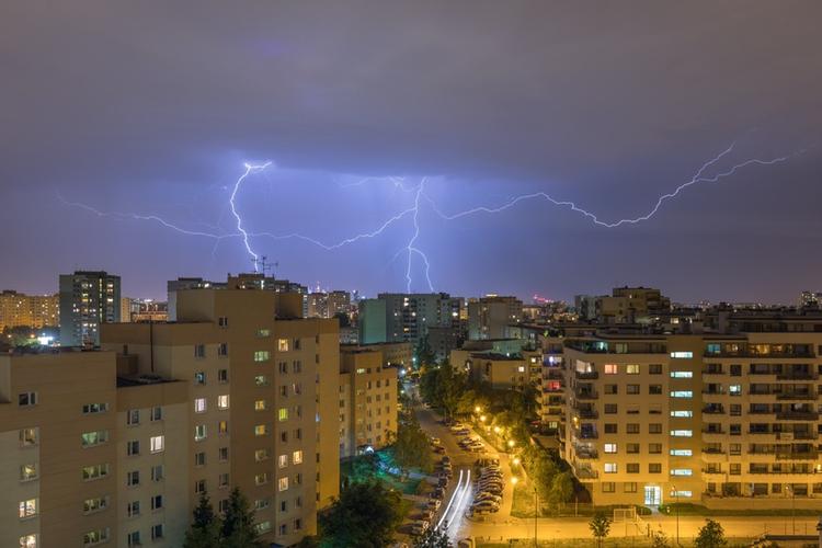 załamanie pogody, burza z piorunami