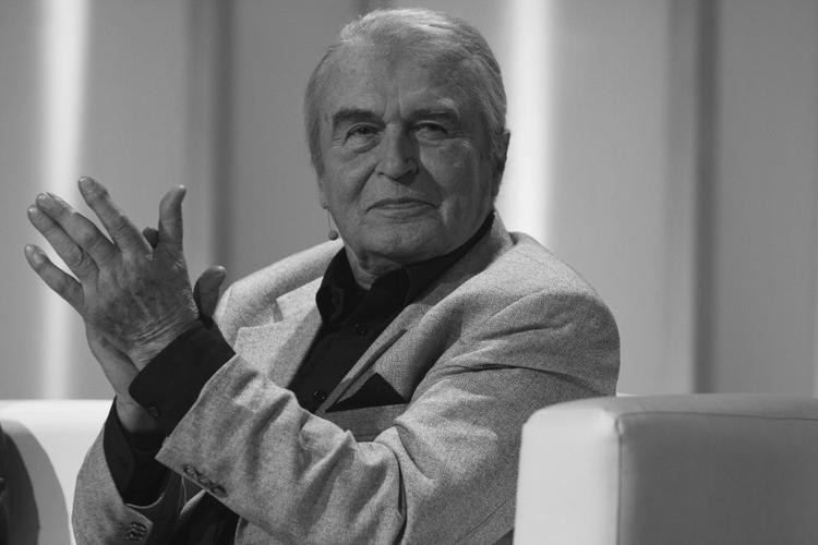 Tadeusz Pluciński Tadeusz Pluciński